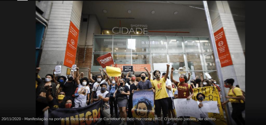 4518 1024x482 - Lojas do Carrefour são invadidas em todo Brasil em protesto pela morte de João Alberto, SP teve unidade incendiada; veja o vídeo