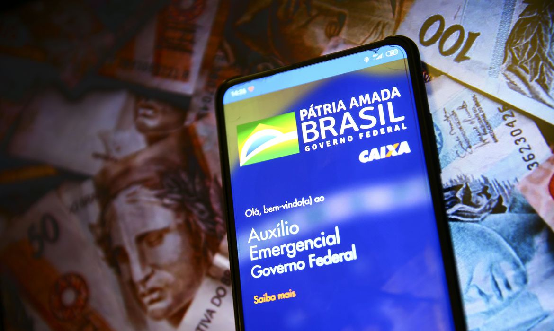 auxilio emergencial 2021 - Confirmado! Auxílio emergencial fará pagamentos até janeiro de 2021; Consulte o calendário!