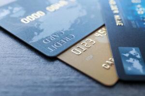 cartao de credito nome sujo 300x198 - Está com nome sujo? Veja como conseguir cartão de crédito com limite para 2021.