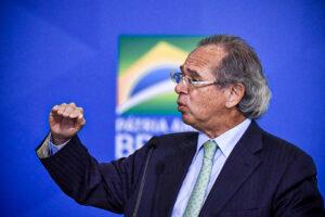 guedes teto 2021 300x200 - Declaração de Paulo Guedes sobre o Auxílio Emergencial, deixou os brasileiros animados; Veja!